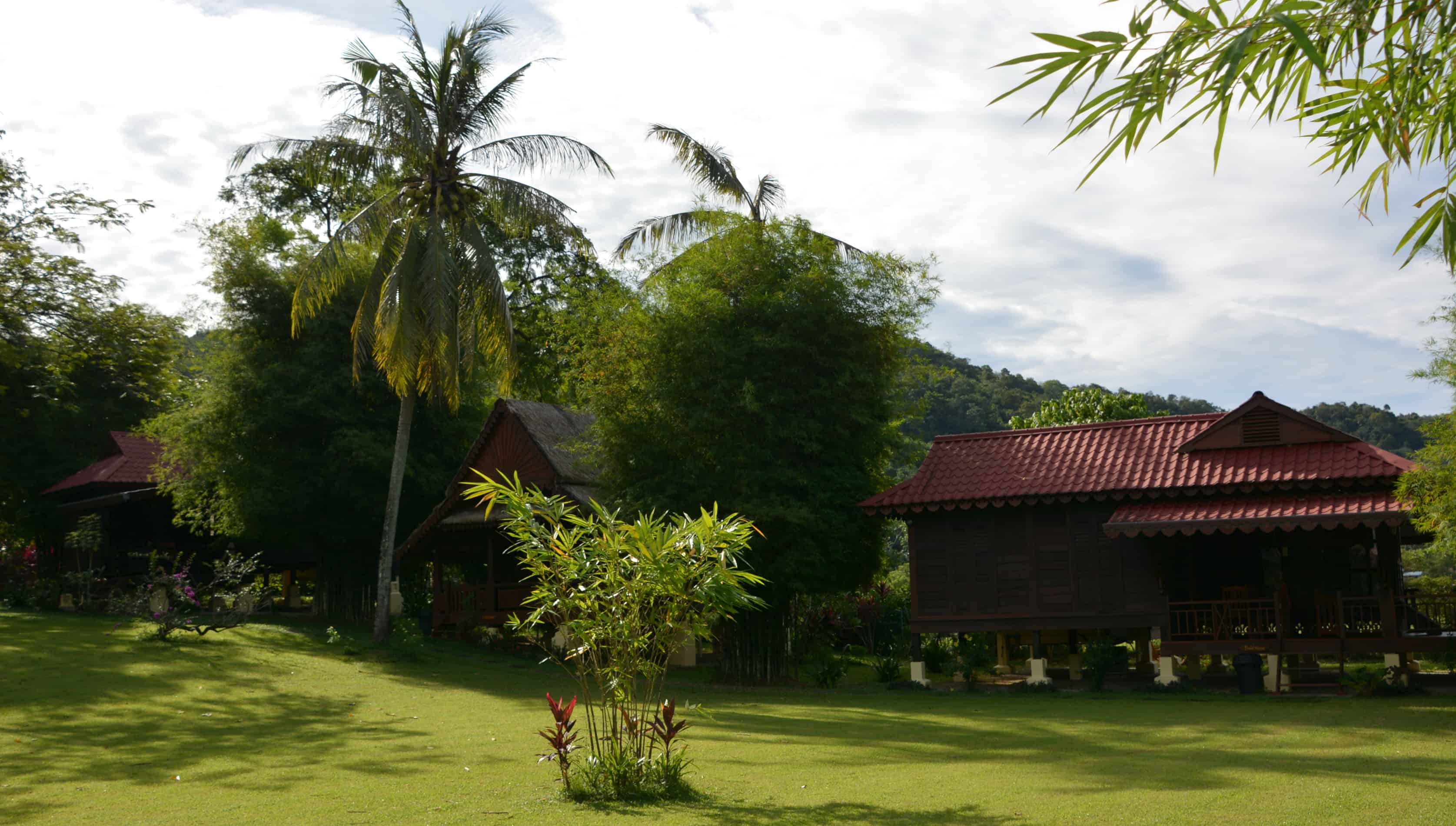 Sunset Valley Holiday Houses - Langkawi traditional villas