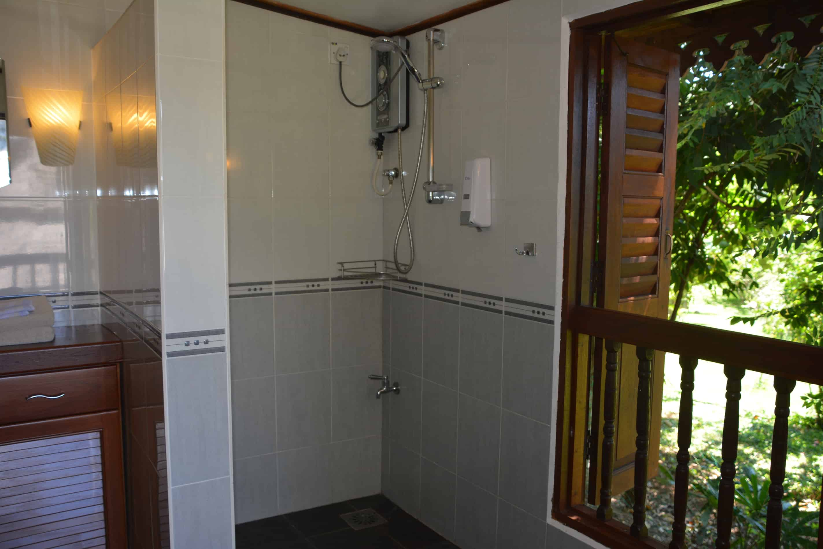 Farmers House - Shower